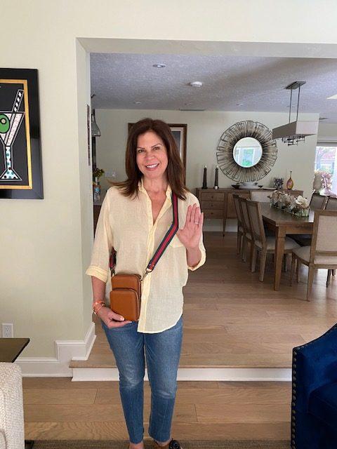 brown/tan crossbody bag