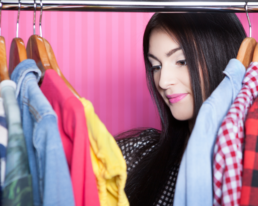 don't pack your whole closet five things not to pack when traveling