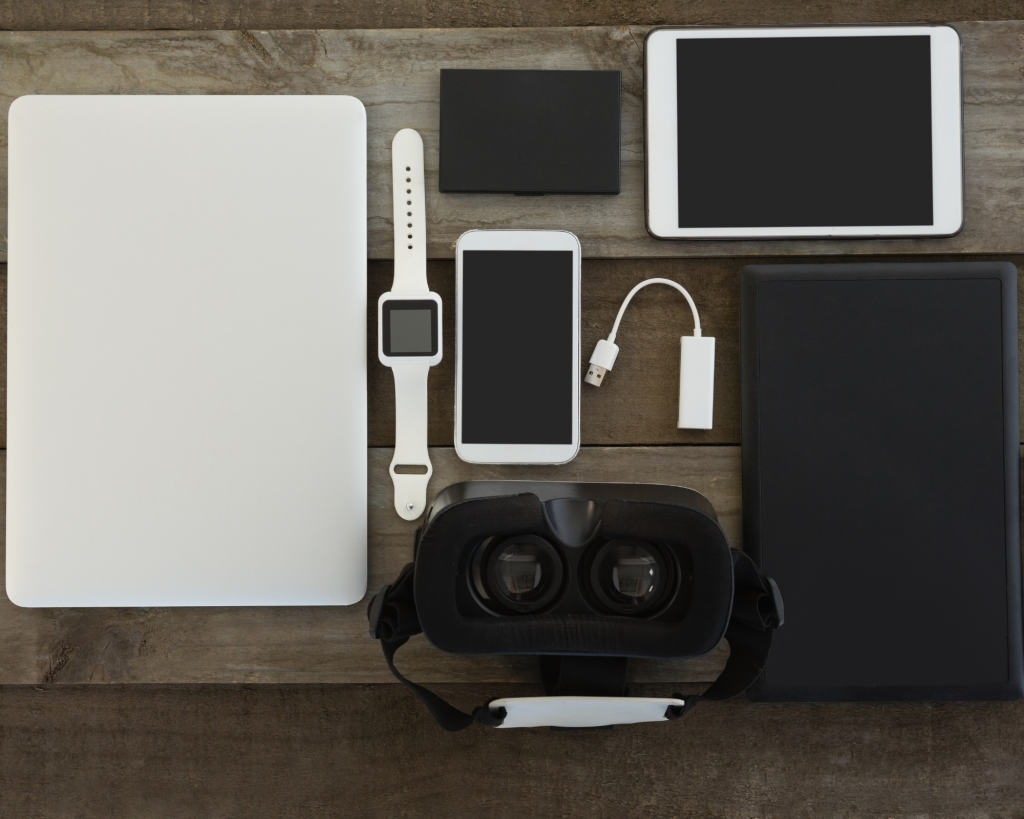 don't pack too many gadgets five things not to pack when traveling