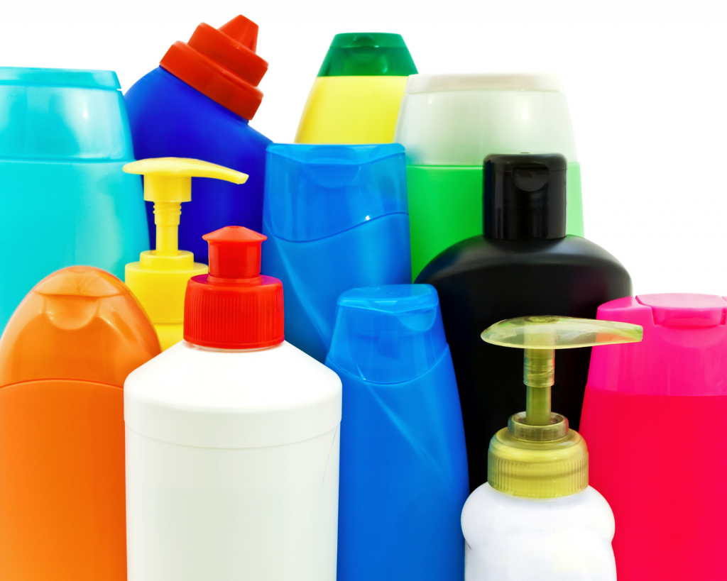 don't pack big toiletries five things not to pack when traveling